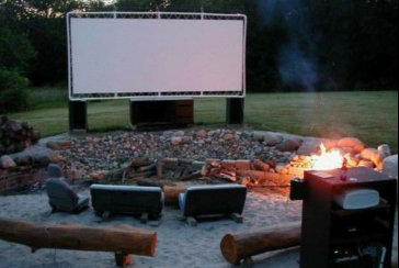 outdoor-movie-screen-near-me